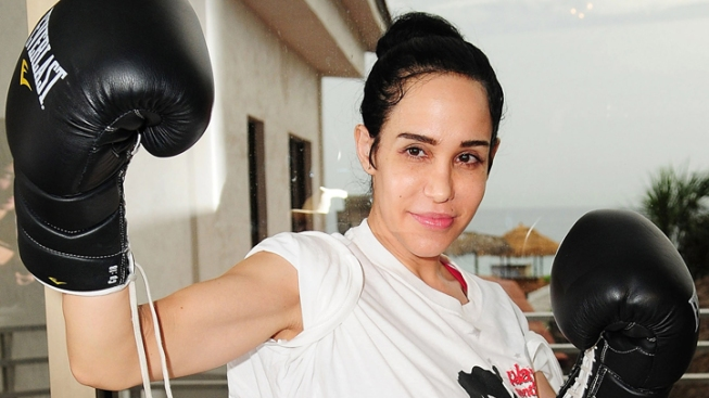 Octomom Beats Strip Club Bartender in Celebrity Boxing Match