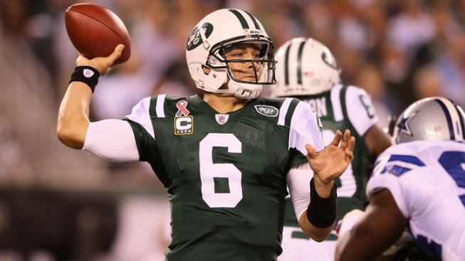 Pass Happy QBs Highlight Record-Setting NFL Opening Sunday