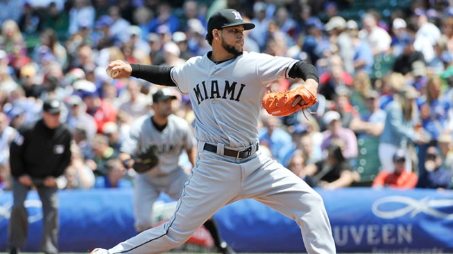 Alvarez Leaves With Hip Injury As Marlins Avoid Sweep