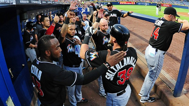 Saltalamacchia's Big Night Lifts Marlins