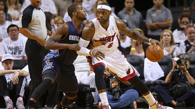 Heat Start Title Defense With 99-88 Win Over Charlotte Bobcats