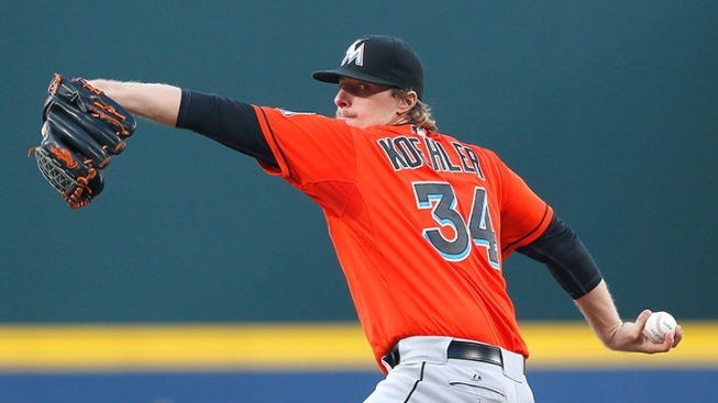 Marlins Fight Back But Fall to Braves in Ten Innings