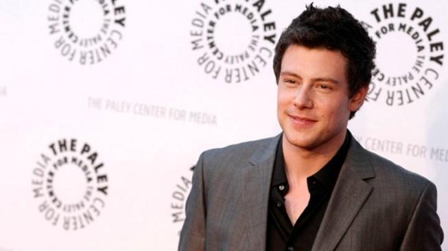 """Glee"" Season Debut Has Brief Reminder of Monteith"