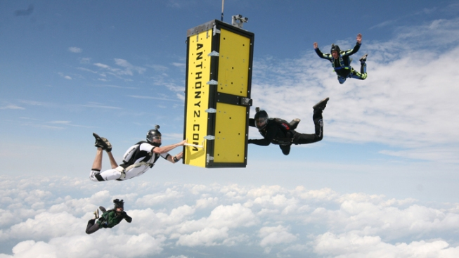 Escape Artist Pulls Off Locked Coffin Skydive