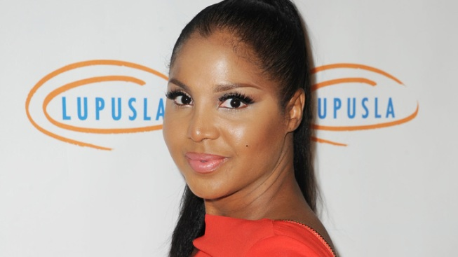 Toni Braxton Postpones Concerts After Being Hospitalized for Complications With Lupus