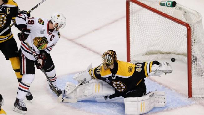 Blackhawks Beat Bruins 6-5 in OT, Even Series 2-2