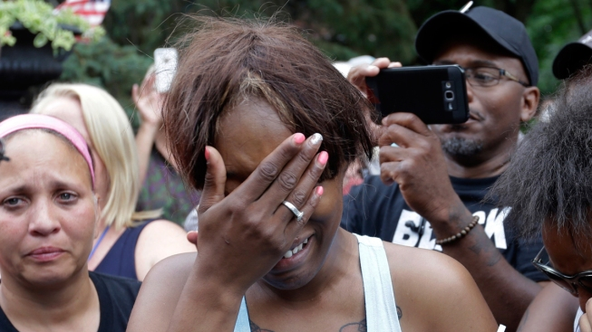 Minnesota Officers in Fatal Shooting of Philando Castile Identified