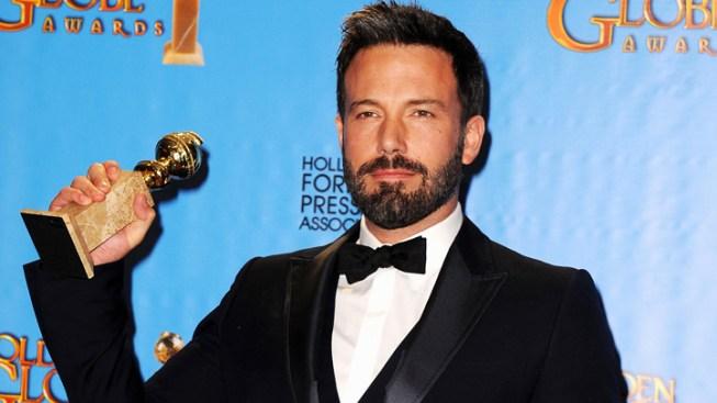 """Ben Affleck, Kanye West Set for """"Saturday Night Live"""" Finale"""