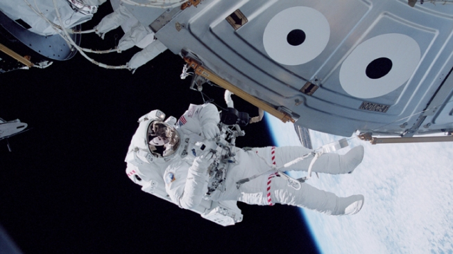 Astronaut May Get Christmas Wish for Spacewalk