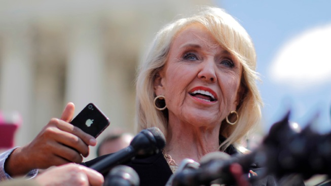 Ariz. Governor Vetoes Controversial Anti-Gay Bill