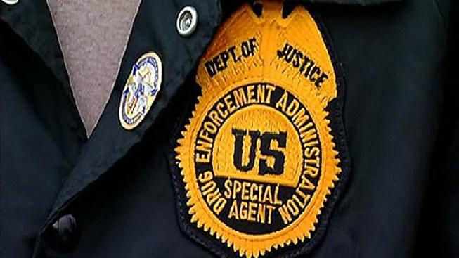 DEA Searches Florida Walgreens in Painkiller Probe