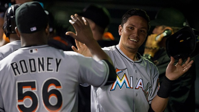 Marlins Storm Back With Four in Ninth to Win