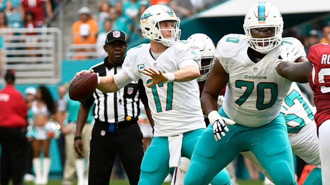 Dolphins QB Ryan Tannehill has ACL or MCL sprain, not tear