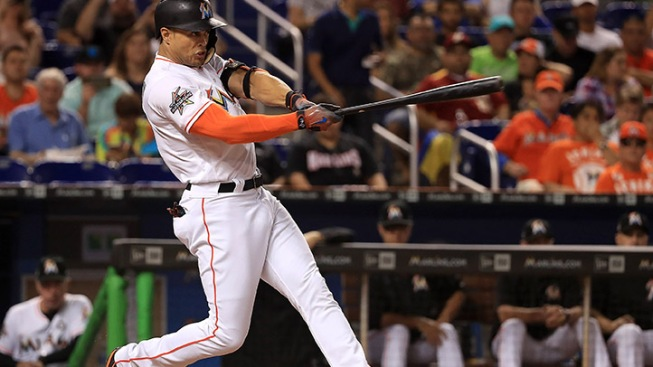 Marlins' Giancarlo Stanton to defend HR Derby title in home park