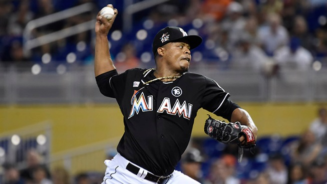 Volquez's bid for second straight no-hitter ends quickly