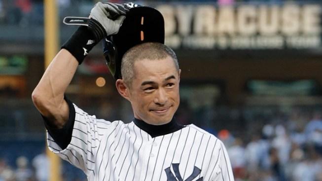 Ichiro Suzuki Gets 4,000th Hit