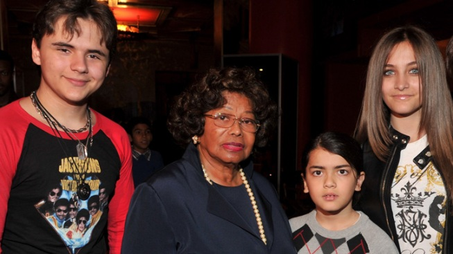 Plan Seeks Co-Guardian for Michael Jackson's Kids