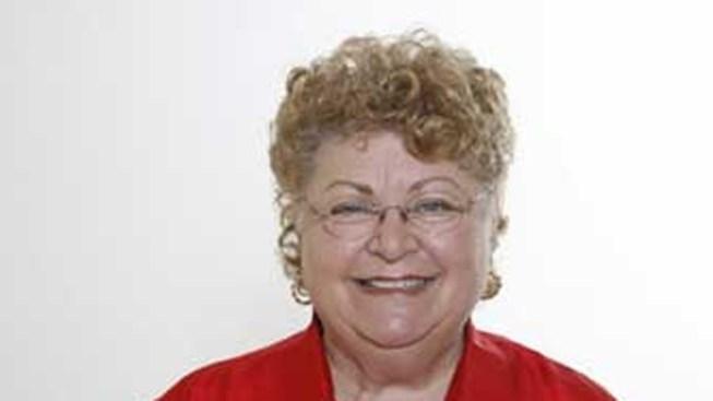 Davie Mayor Wins New Term