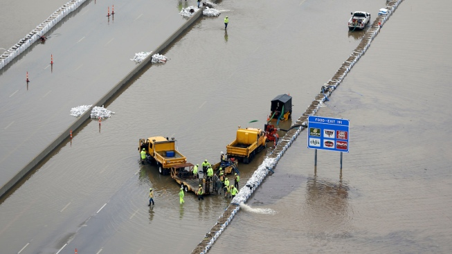 Swollen Rivers Force Transportation Closures in Midwest