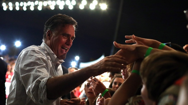 Mitt Romney Shows Softer Side in Florida