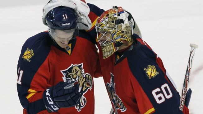 In Season Opener, Florida Panthers Top Carolina Hurricanes 5-1