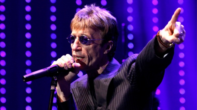 Bee Gee Robin Gibb Gravely Ill in Hospital