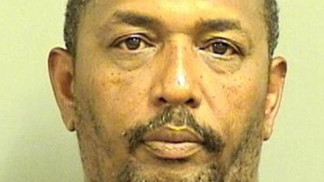 Man Attacks Girlfriend With Hammer: Cops