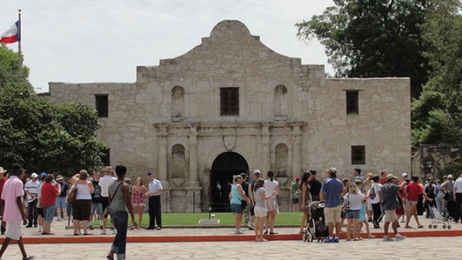 """Don't Whiz on the Alamo"": Texas Man Could Get 18 Months"