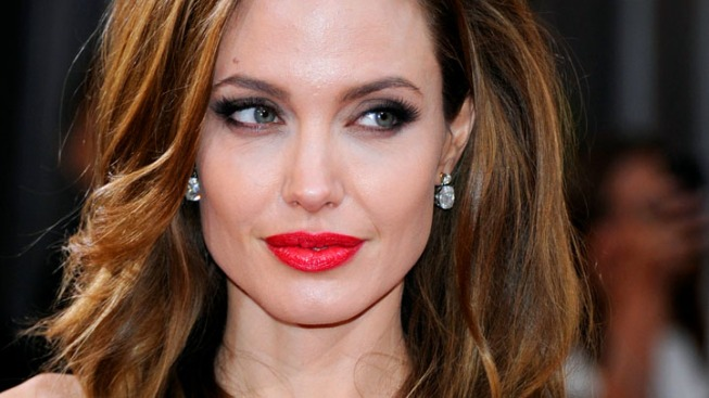 "Angelina Jolie and Brad Pitt's Daughter Vivienne Cast in Mom's ""Maleficent"""