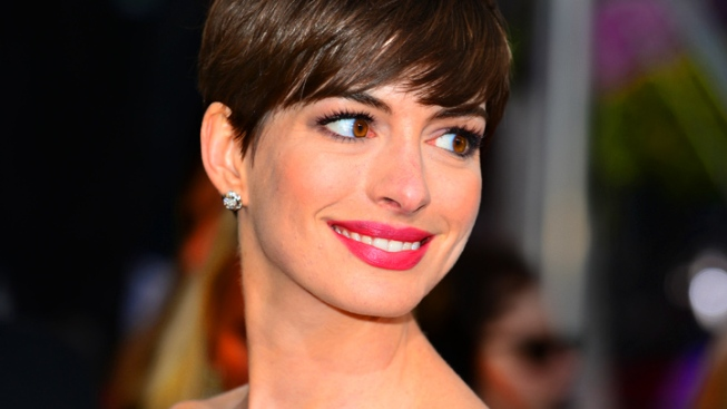 Anne Hathaway Talks Getting Booed at the BAFTAs