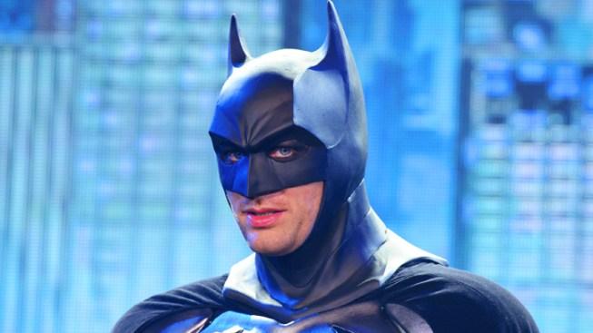Comic-Con 2013: Batman, Superman to Unite in New Movie