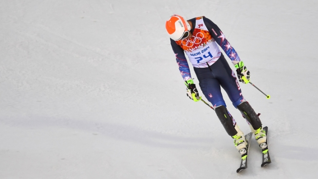 Sloppy Skiing Sinks Americans; Stars Flame Out