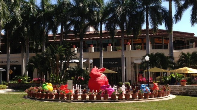 Giant Rabbits Hop into Merrick Park in Time For Easter