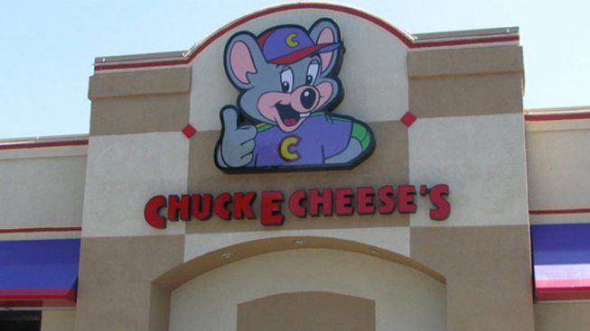 Family Brawl Breaks Out at Fort Myers Chuck E. Cheese's