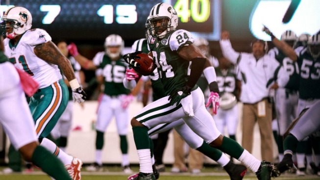 Marshall Takes Swipe at Jets' Revis