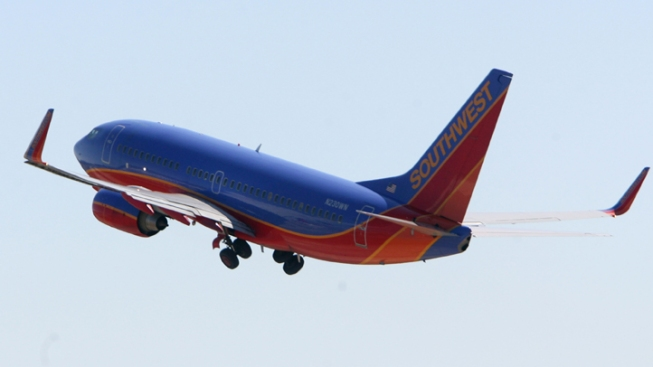 Southwest Jet Heading to Fort Lauderdale Makes Emergency Landing in Houston