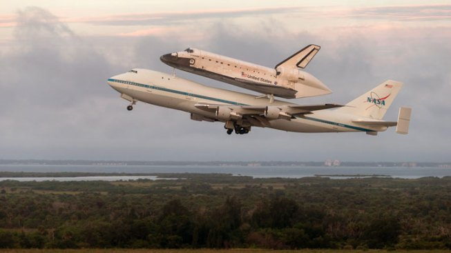 Bus Tours Resume at Kennedy Space Center Following End of Government Shutdown