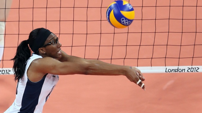 US Women Stay Undefeated in Olympic Volleyball