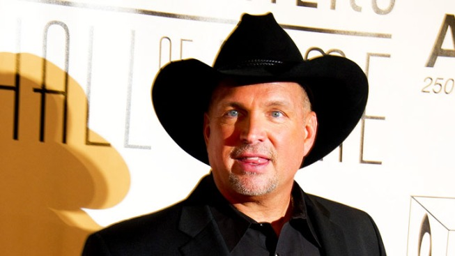 Garth Brooks Excited to Join George Strait on ACMs