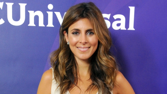 Jamie-Lynn Sigler Pregnant With Her First Child