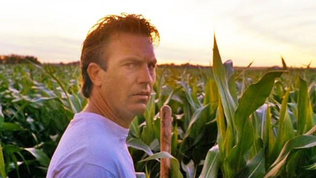 """Field of Dreams"" Iowa Farm Sold for Millions"
