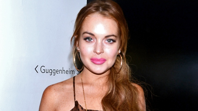 Lindsay Lohan Checks in to Betty Ford Clinic