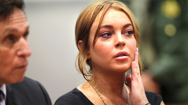 Lohan's Attorney Seeks Deal With Prosecutors