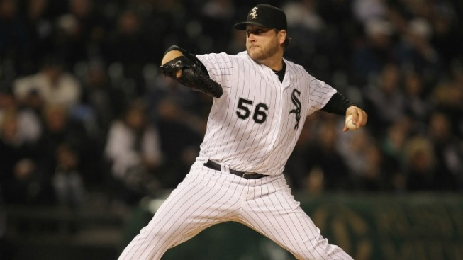 Marlins Sign LHP Buehrle to 4-Year Deal