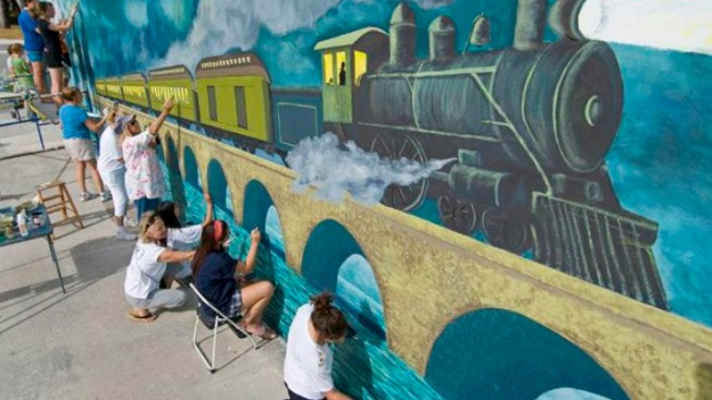 Key Largo Wall Mural Honors Henry Flagler's Over-Sea Railroad