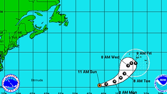 Nadine Moves Eastward, Small Chance of Cyclone Formation Near Antilles: NHC