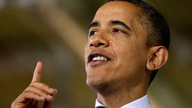 """Obama Talks Fiscal Cliff, Slams """"Right-to-Work"""" in Mich."""