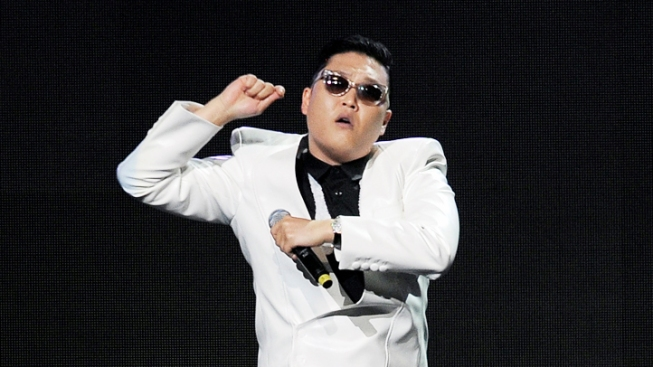Psy Cracks Jokes at Harvard