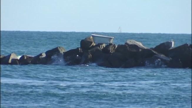 Bathtub Found On South Beach Jetty