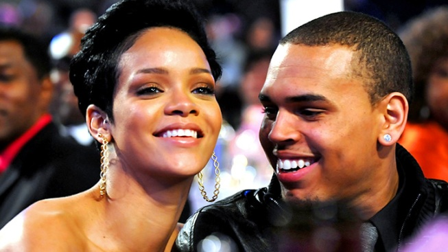 Chris Brown and Rihanna Caught Making Out at NYC Club
